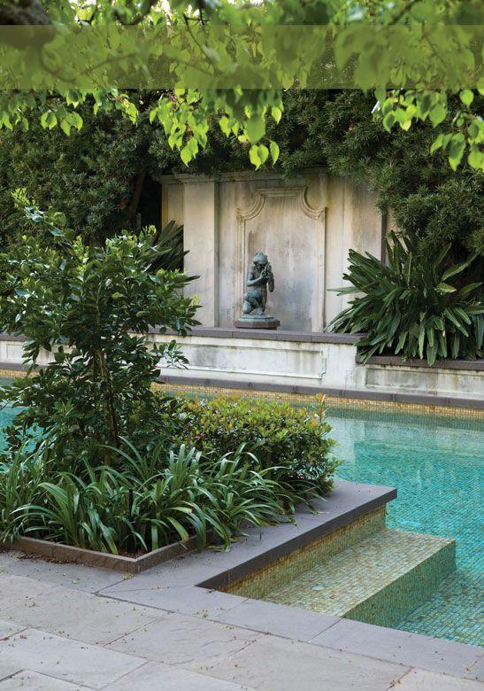 The secret gardens tour jard n piscinas y fuentes de jard n for Piscina jardin secreto