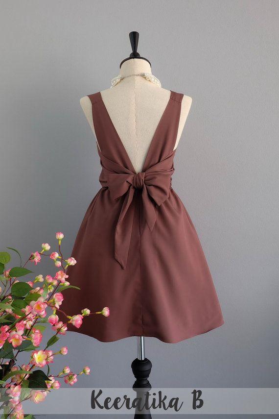 des années 1960 Sweet coloré a-ligne robe de soleil avec Rouched décolleté et manches longues en taille S/M