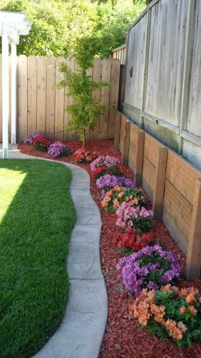 Red Mulch Is Gorgeous For Fall Visit Garden Bag Ca To Get Yours