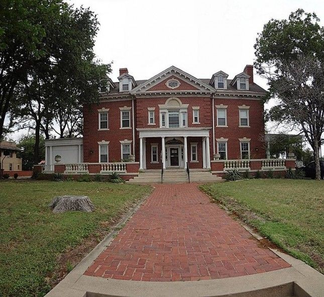 1915 Colonial Revival, Waco, Texas