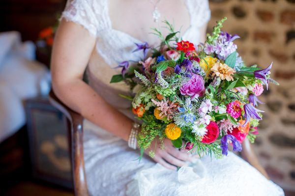Bukiet Slubny Z Polnych Kwiatow Naludowo Pl Folklor Etno Design Kultura Ludowa Green Themed Wedding Wedding Bridal Bouquets Wedding Flowers