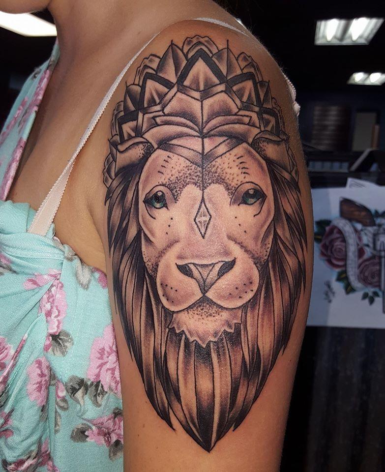 lion with mandala crown tattoo @sabrinacruz005 @skinelixirtattoo at ...