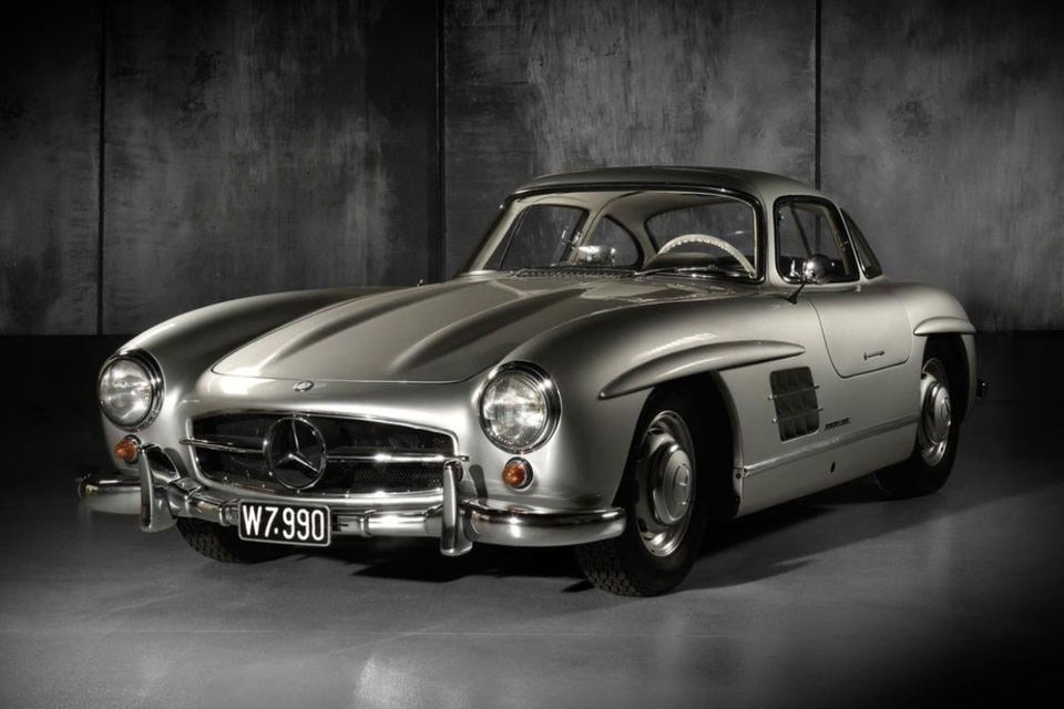 A Classic 1955 Mercedes Benz 300 Sl Gullwing Is Now Up For Auction