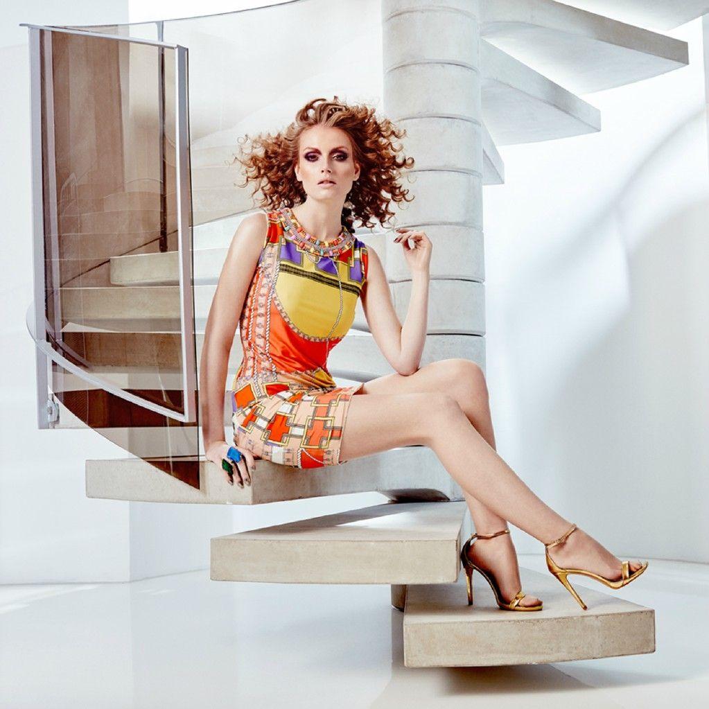 #AnaAlcazar #CyberQueen | Kleider damen, Kleider online kaufen
