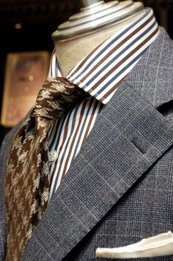 "iki-nagoya: "" Bespoke Suit / Caccioppoli Fresco Traveler Bespoke Suit : fabric by Caccioppoli Shirt : LUIGI BORRELLI Tie : FRANCO BASSI Chief : MUNGAI """