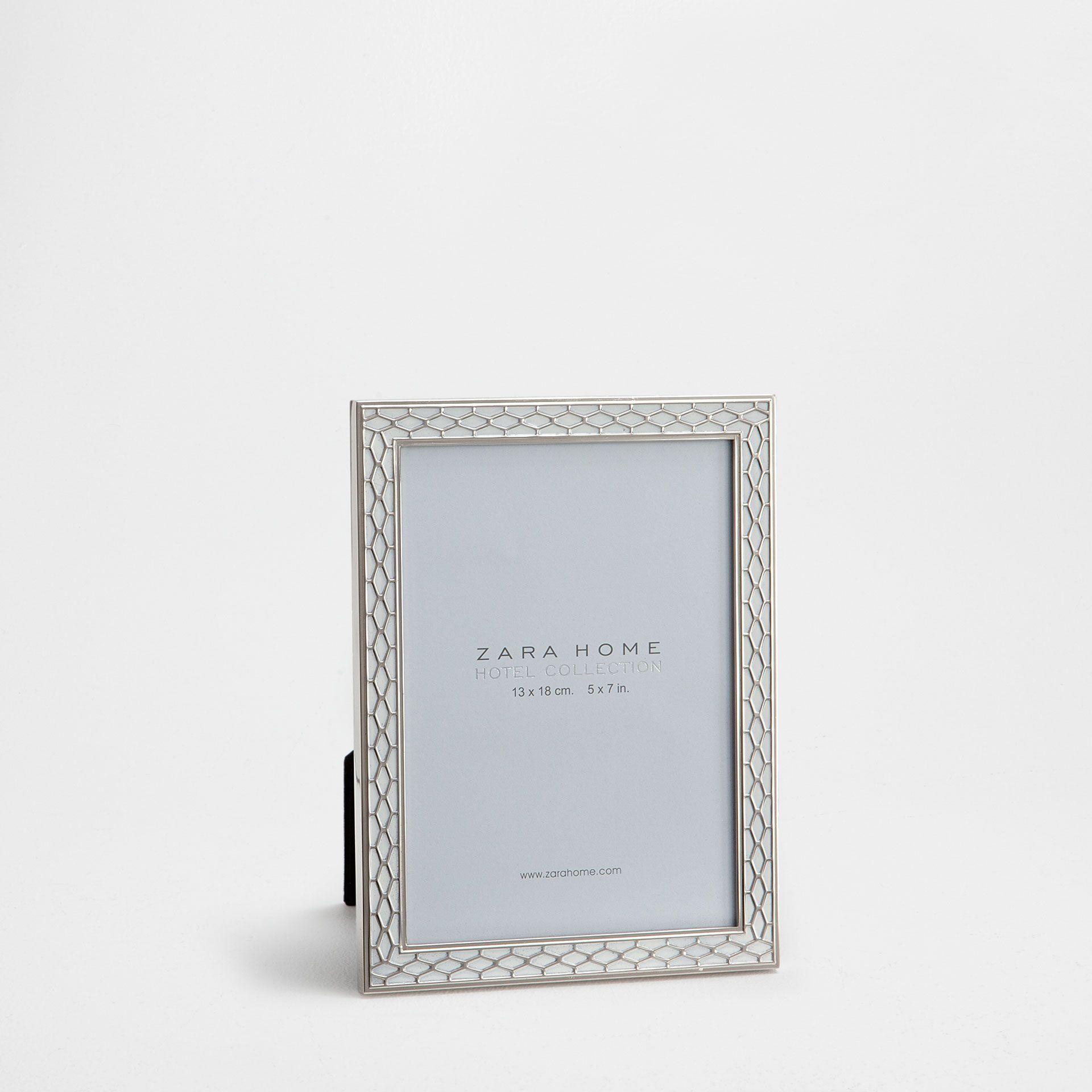 Imagen 1 del producto Marco metal rejilla con blanco | zara home ...