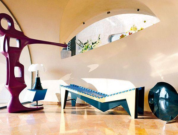 Creative Details. The Pierre Cardin House / Palais Bulles, Cannes, France.  Architect: Antti Lovag.