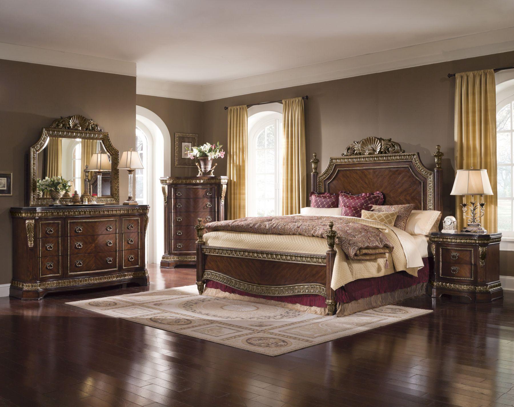 King Bed Decor – King Bedroom Ideas