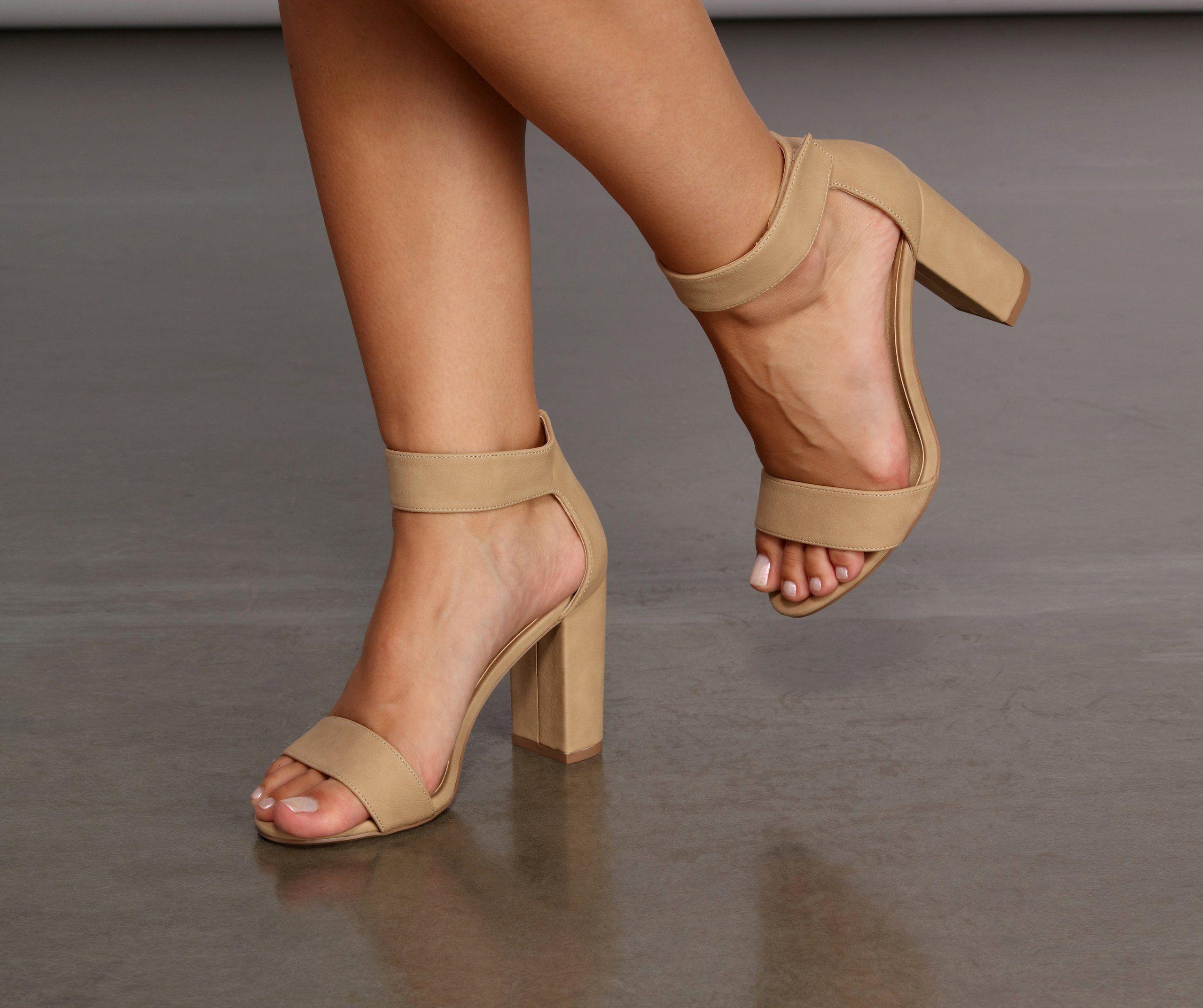 Comfort Wide Fit Chic Block Heels in