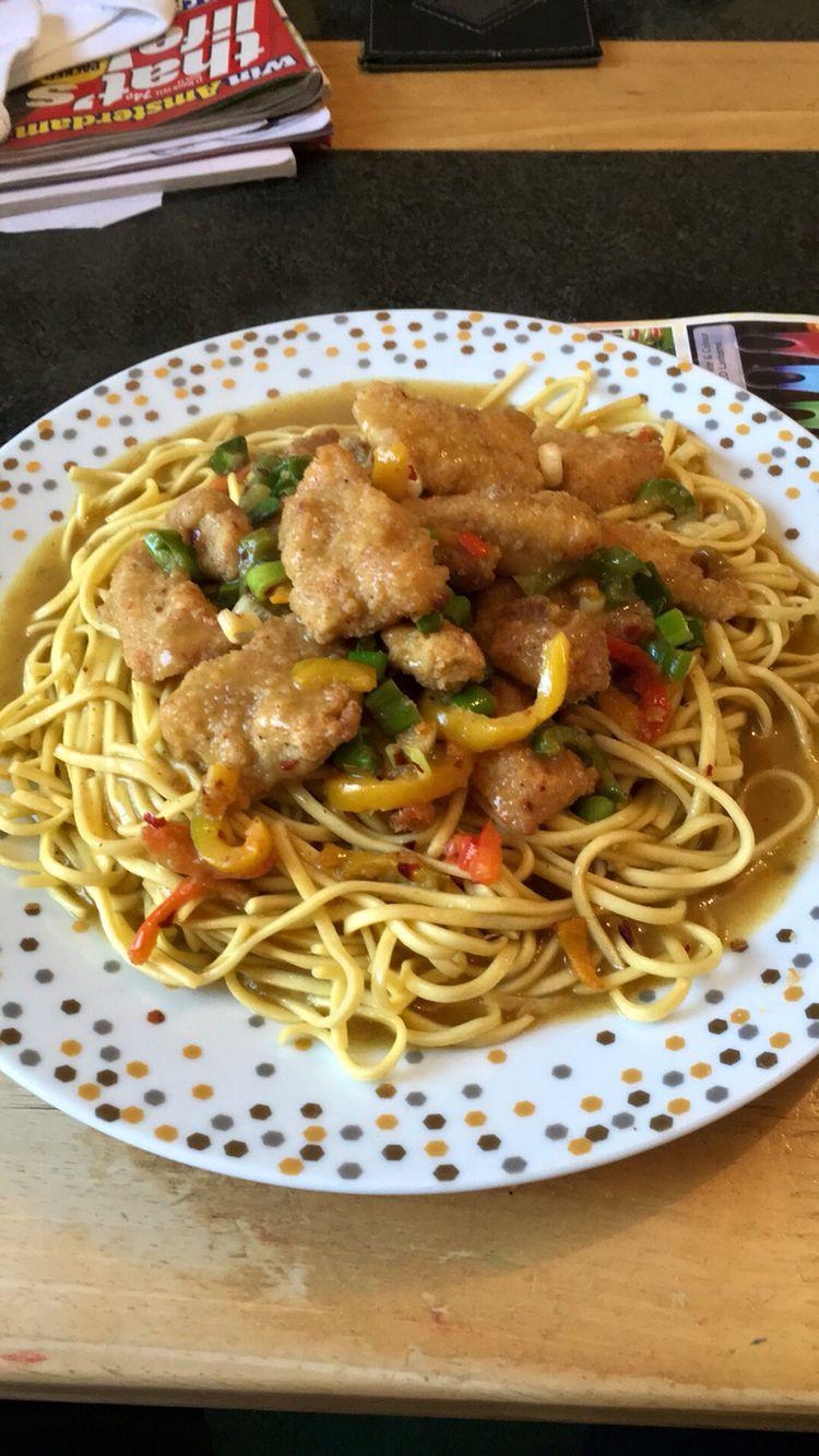 Slimming World Salt Chilli Chicken With Egg Noodles Mayflower Curry Sauce 28g