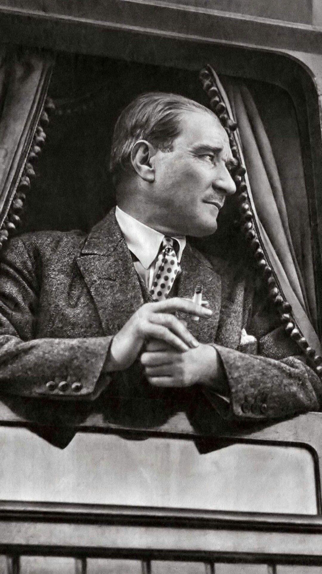 Gazi Mustafa Kemal Ataturk Tarihci Duvar Kagitlari Poertre Resimleri
