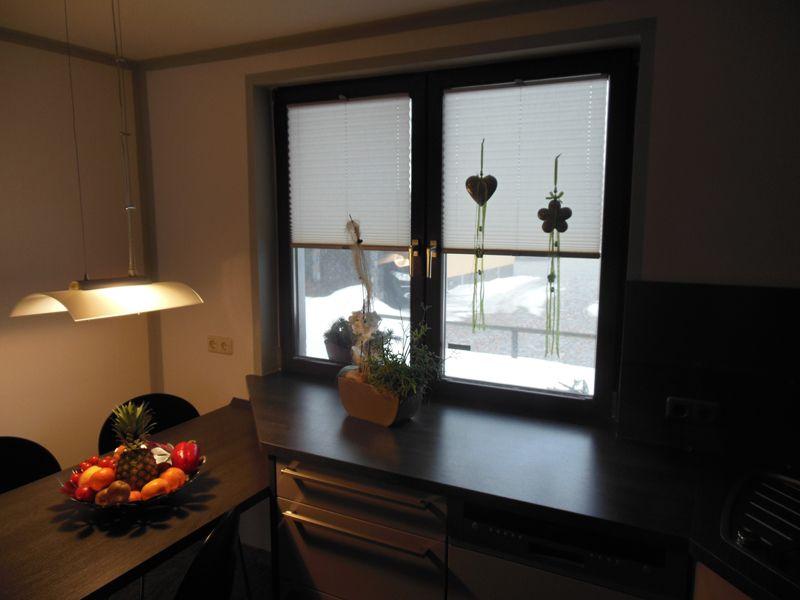 Badezimmerfenster sichtschutz ~ Individuell gefertigte #plissee rollos als tolle fensterdeko und