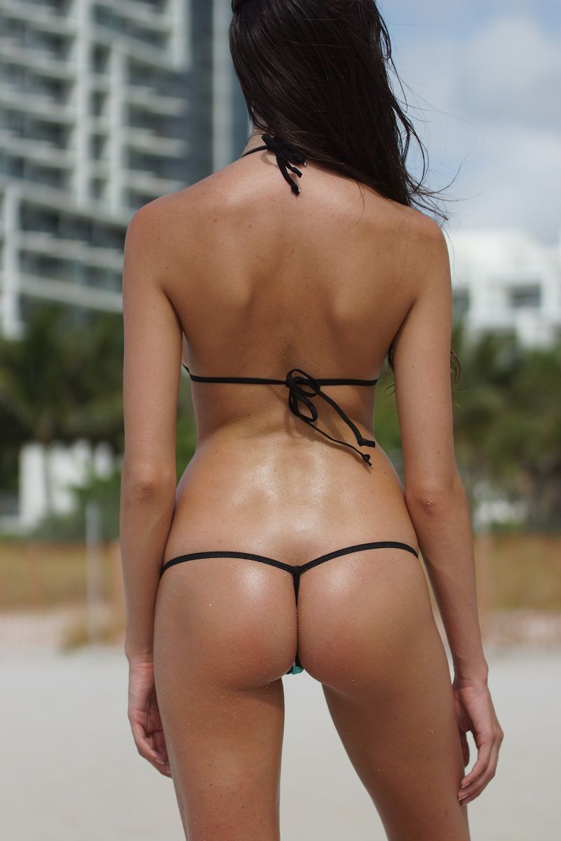 Hot scrunch but thong bikini smith nude