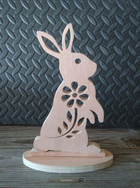 Coquetier de Pâques en bois découpé au laser Algérie   Lapin