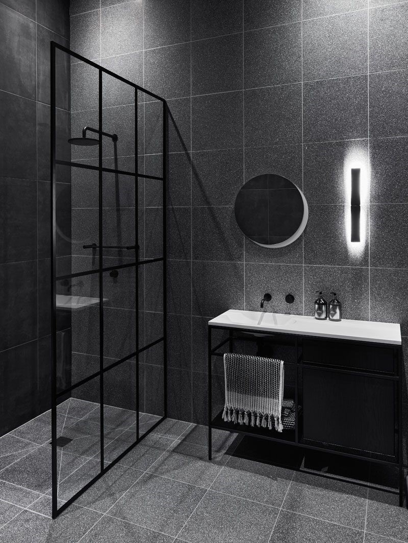 Studio Griffiths Designed A Black And White Interior For A Modern Farmhouse Black Bathroom Bathroom Interior Bathroom Interior Design