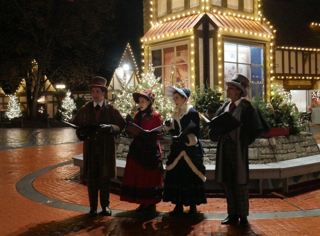 712526ea35c44bceea61a2c4d68544bf - Busch Gardens Williamsburg Christmas Town Discount Tickets 2019