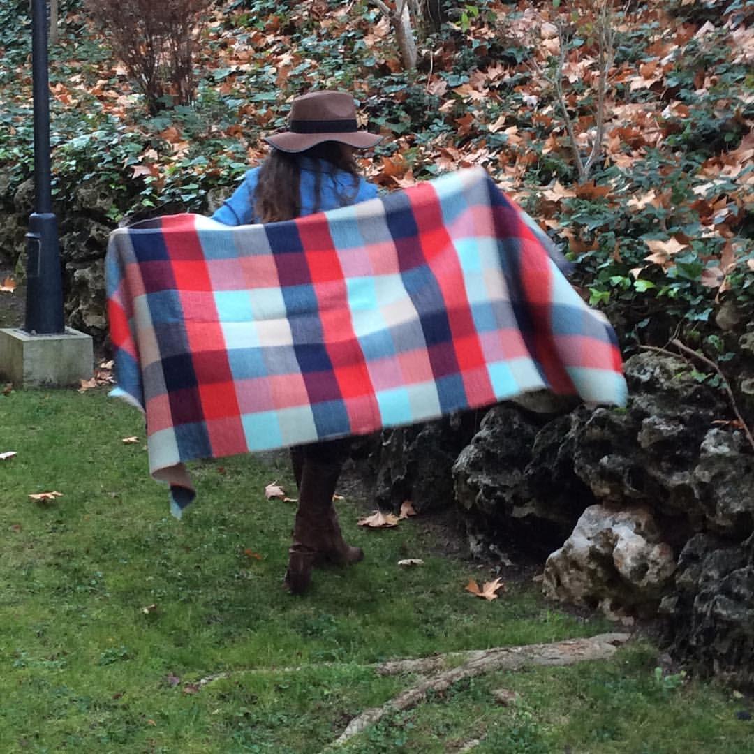 ULTIMA UNIDAD!!!! Pañuelo/manta!! Precio 16€ mas envio  #moda #online #compras #complementos #2016 #rincon51 #modaespañola