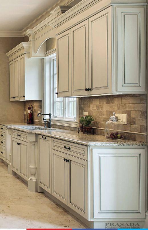 Backsplash in 2019 | White kitchen cabinets, Antique white ...