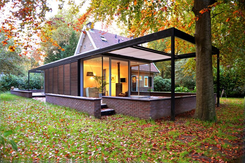Wil Bongers Architectuur - Projecten - Villa modern woning uitbouw aanbouw staal glas hout
