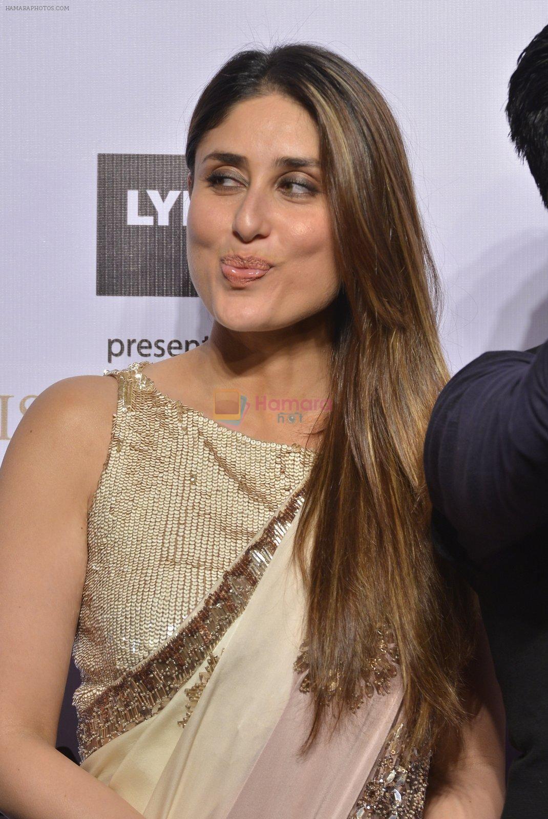 Kareena Kapoor At Lakme Manish Malhotra Show On 29th March 2016 Kareena Kapoor Khan Kareena Kapoor Kareena Kapoor Saree