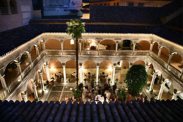 courtyard palacio de santa paula granada spain