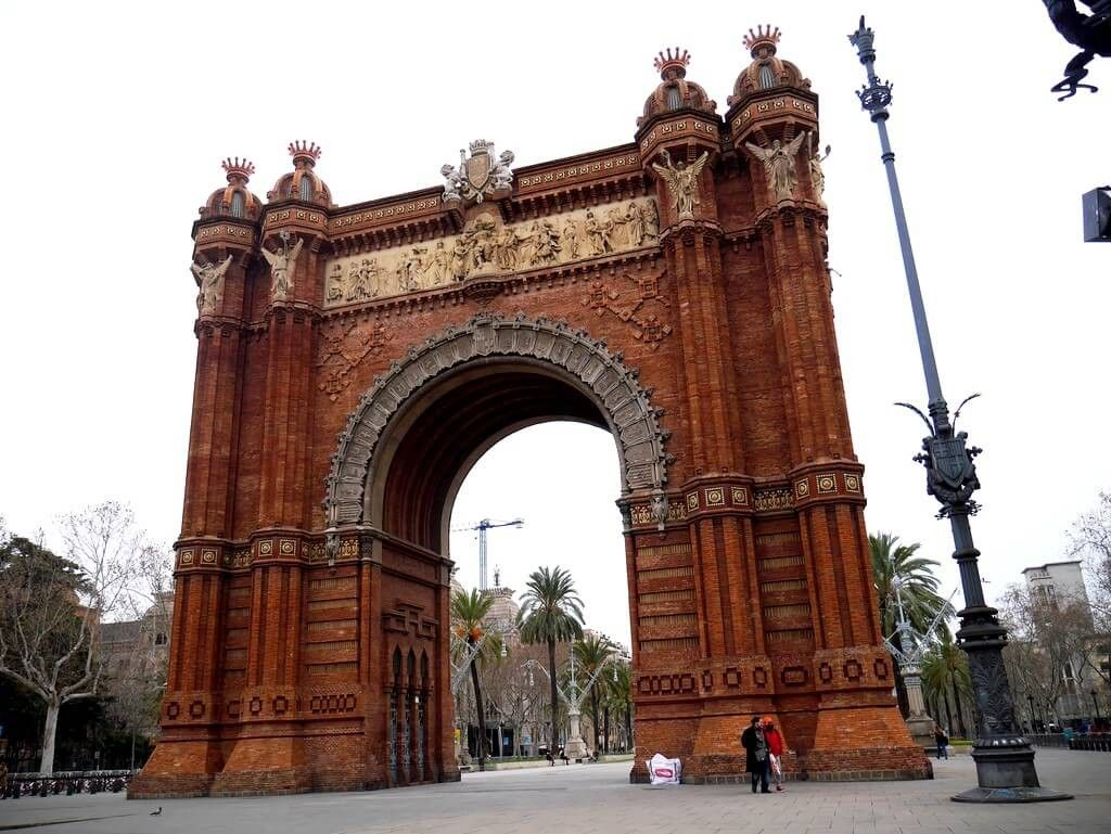 20 Free Things To Do In Barcelona Free Things Free Things To Do