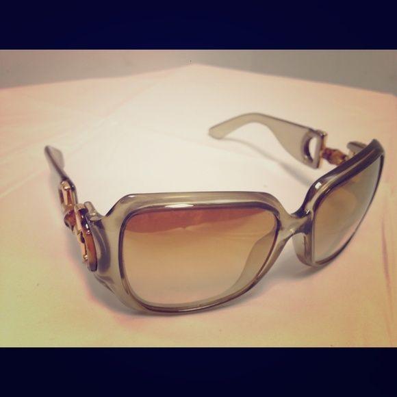 SOLD Gucci green goldfish  sunglasses Gucci green goldfish  sunglasses Gucci Accessories Glasses