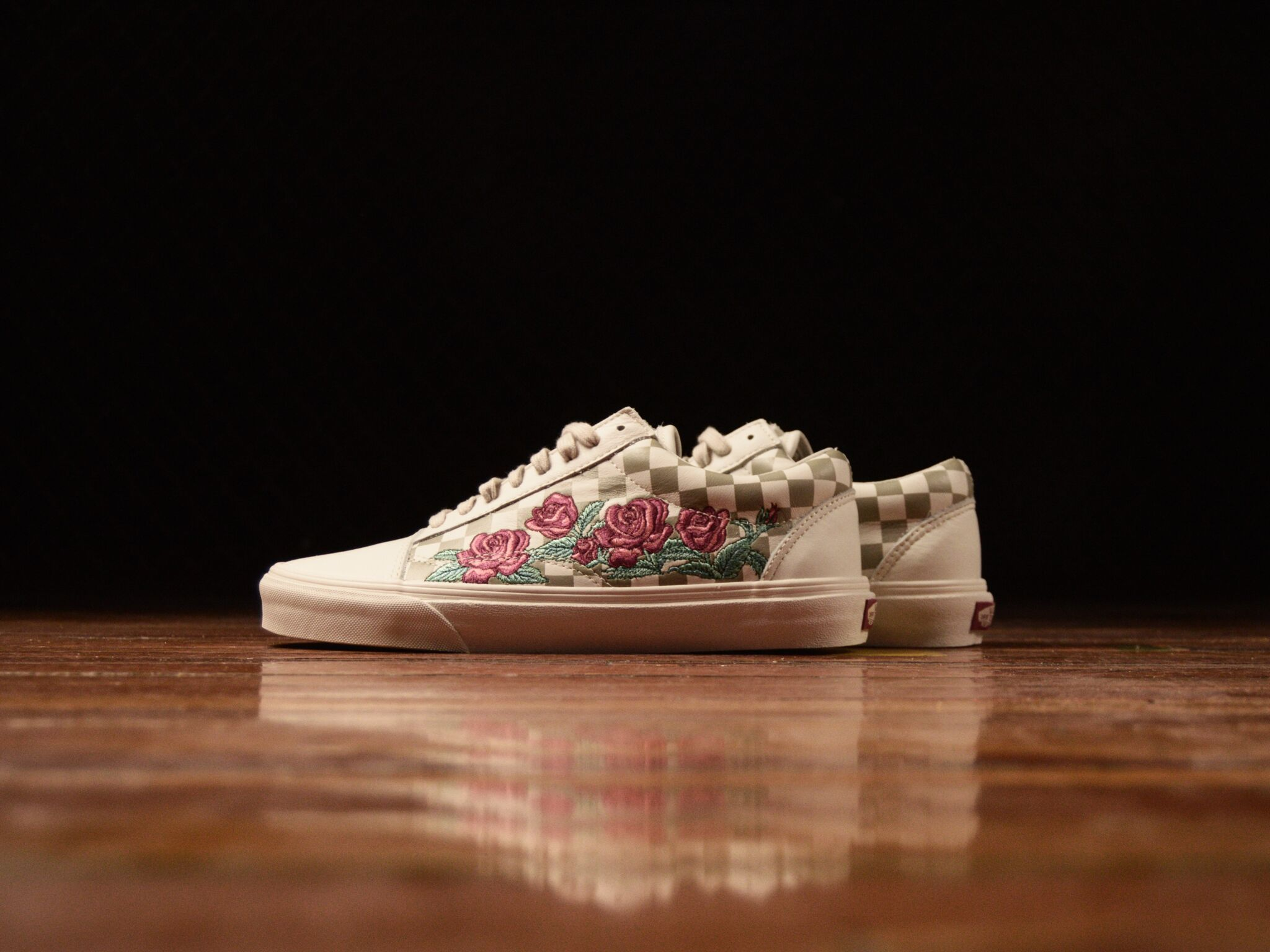 Men S Vans Old Skool Dx Rose Embroidery Vn0a38g3qf9 Cloths Cool Vans Shoes Vans Shop Shoes