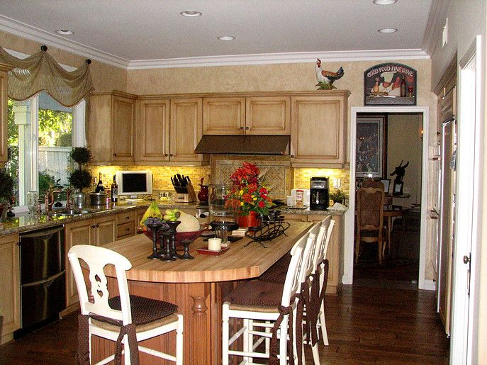New Kitchen Cabinets and Design in San Marcos Read more ...