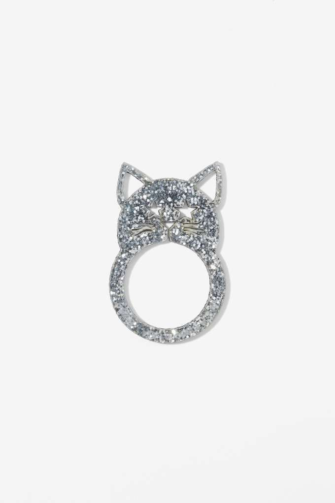 ad323cbbd My love for cats runs deep. It started with fashion, and now I'm obsessing  over these cat accessories.