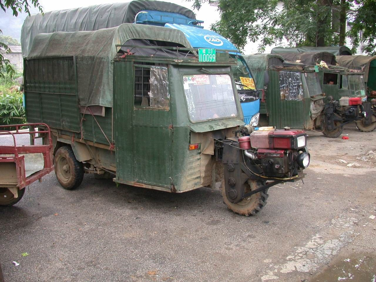 Homemade Vehicle made from this garden tractor. Description from ...