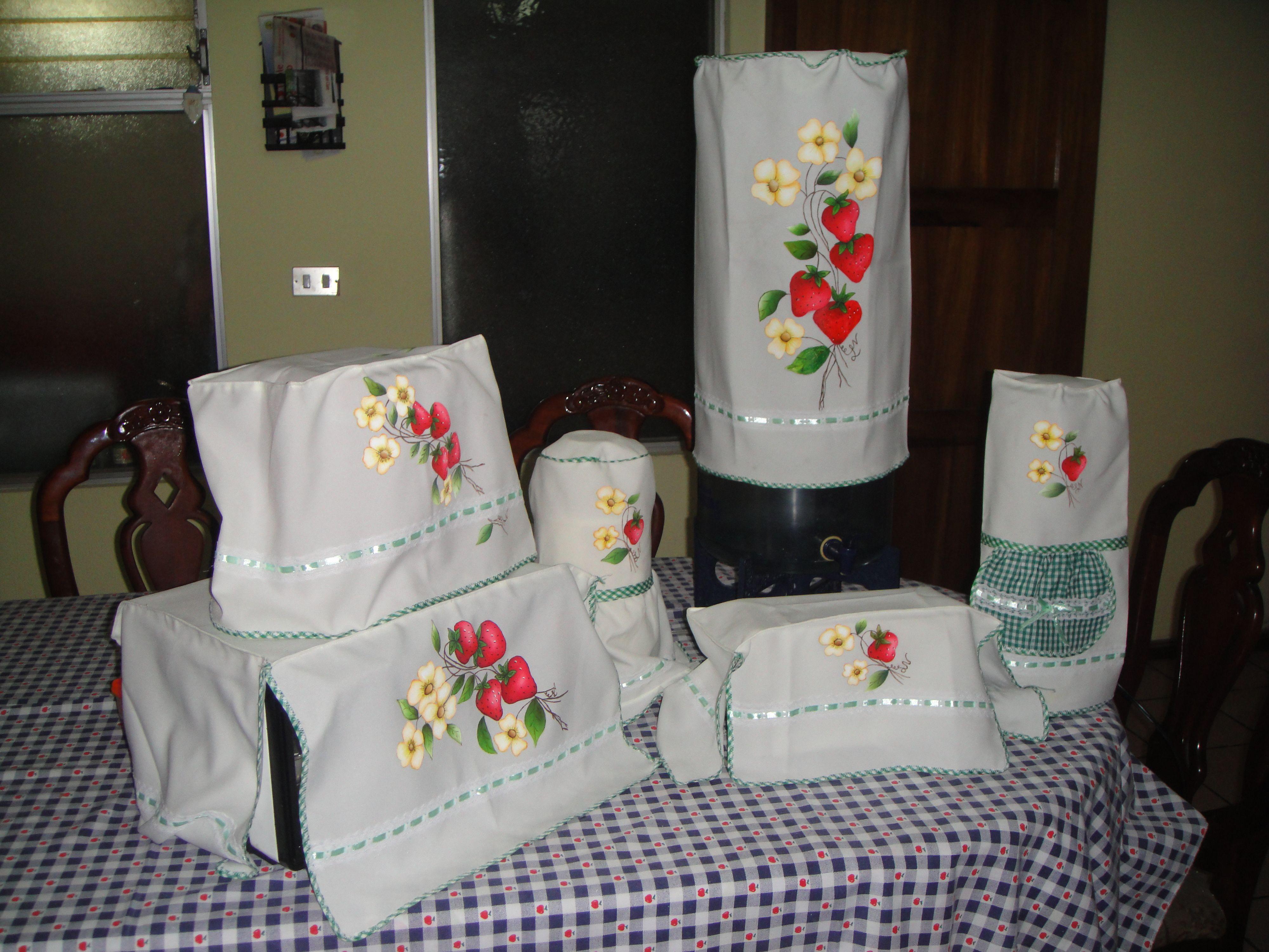Juego de cobertores para cocina pintura en tela for Juego9s de cocina