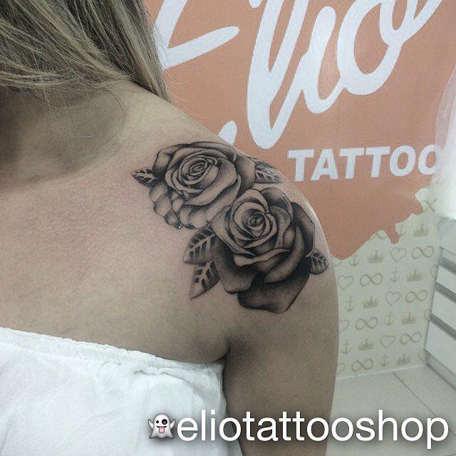 Tatuagem Flores No Ombro Sombreada Tatuagem Flor
