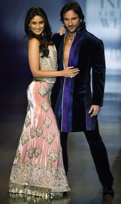 A Nawabi Heirloom Sharara For Bride To Be Kareena Kapoor Bollywood Fashion Bollywood Couples Bollywood Celebrities