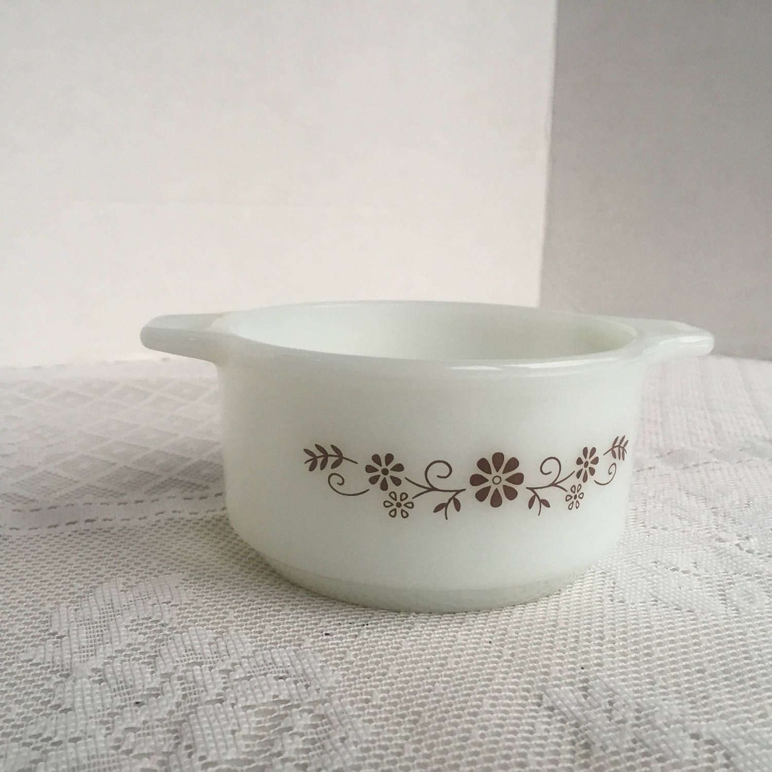 Milk Glass Ovenware Dynaware Pyrorey Brown Daisy Vintage Custard Dish