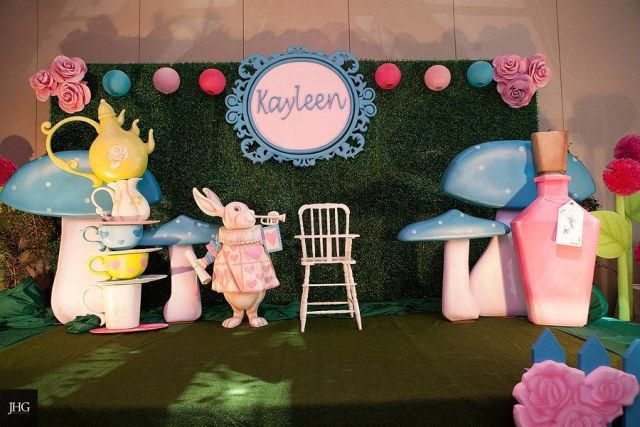 Kayleen S Alice In Wonderland Themed Party 1st Birthday Mad