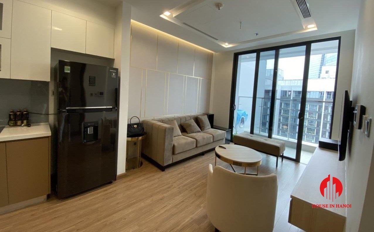 High Floor 1 Bedroom Apartment For Rent In Vinhomes Metropolis 1 Bedroom Apartment Apartments For Rent Bedroom Apartment
