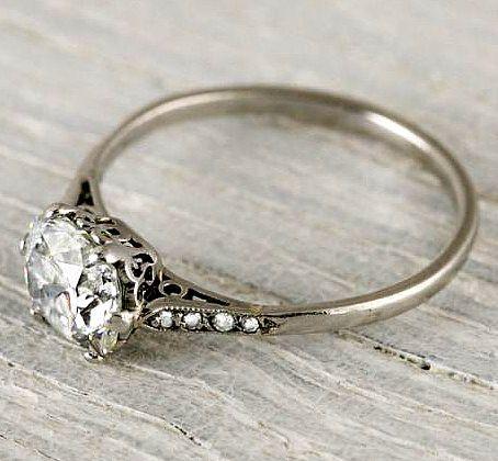 1 Carat Cushion Cut Vintage Engagement Ring
