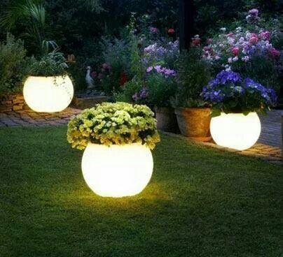 Preciosa iluminacion de jardin Iluminacion jardines Pinterest
