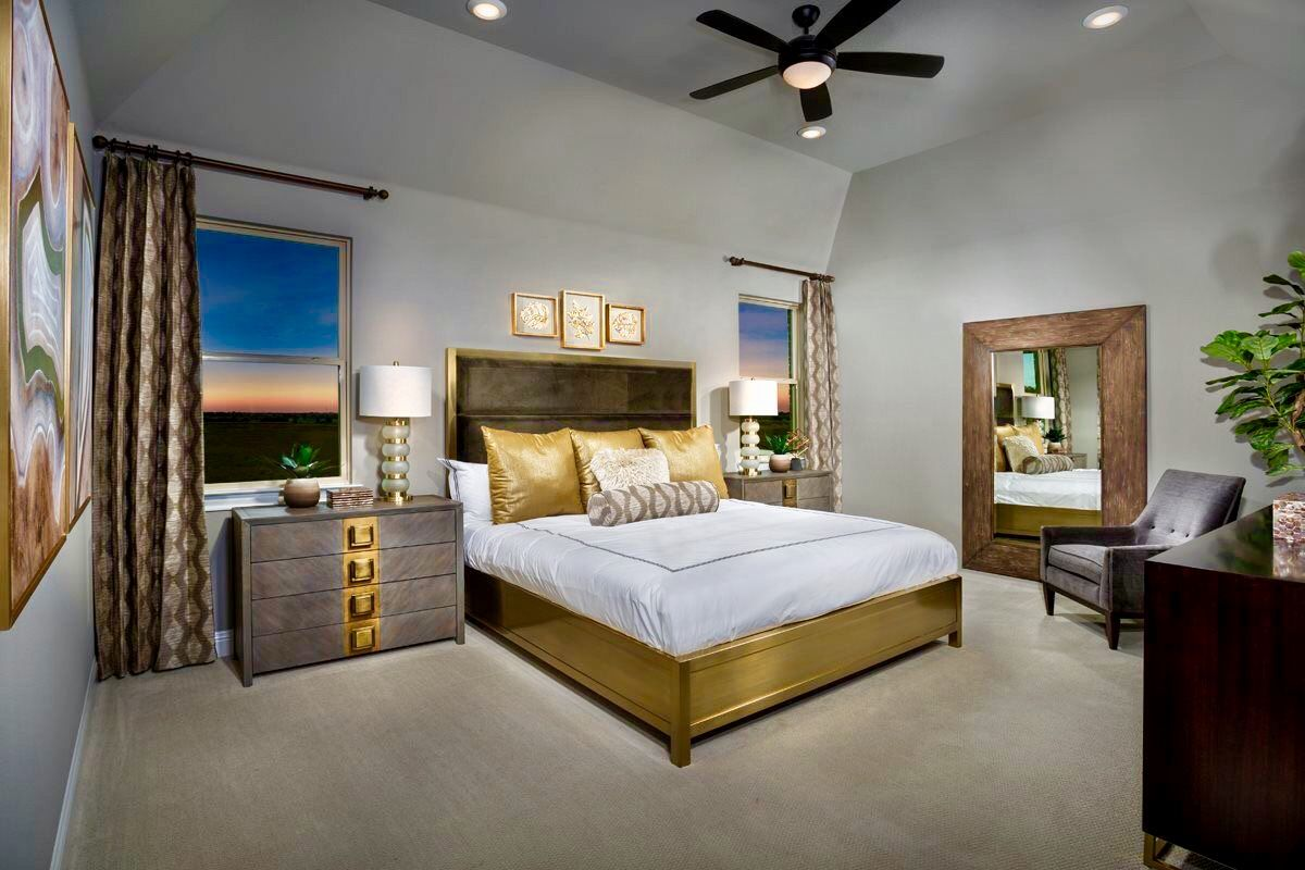 This Barrel Ceiling Is A Unique Design Feature In This Impeccable  # Craigslist Kissimmee Muebles