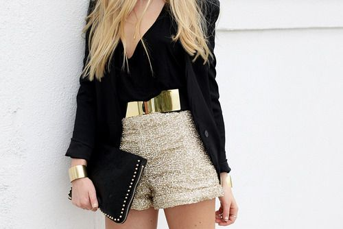 love this black and gold outfit