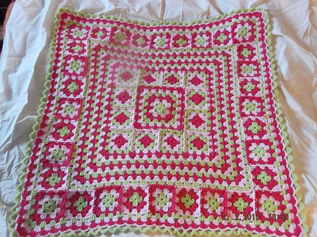 Ravelry: zozzy123's Girly Blanket