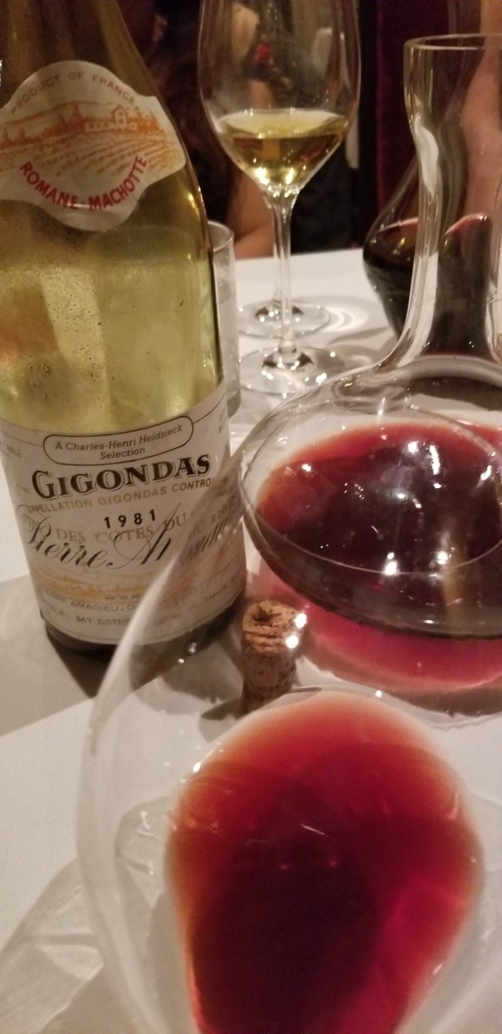 Winewednesday Redwine Winetasting Winelover Winetime Instawine Winecountry Winelovers Wineaddict Winepair In 2020 Wine Down Wednesday Wine Bottle Wine Lovers