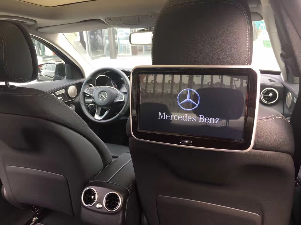 Acesvision 收藏于 Android Rear-seat Entertainment System