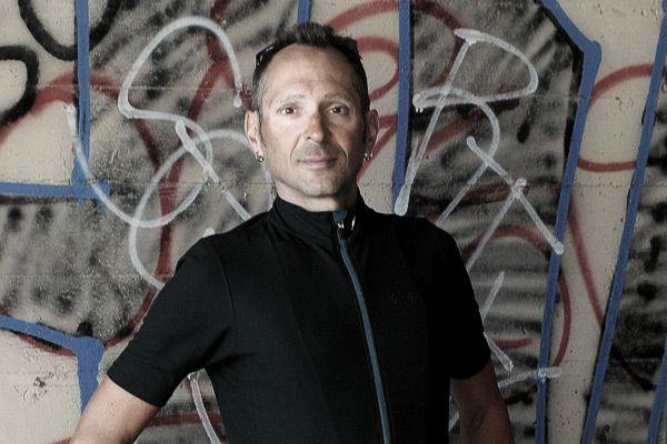 Isadore - Woolight Jersey Jet Black Men - Hot summer riding cycling jersey #cyclingmemories