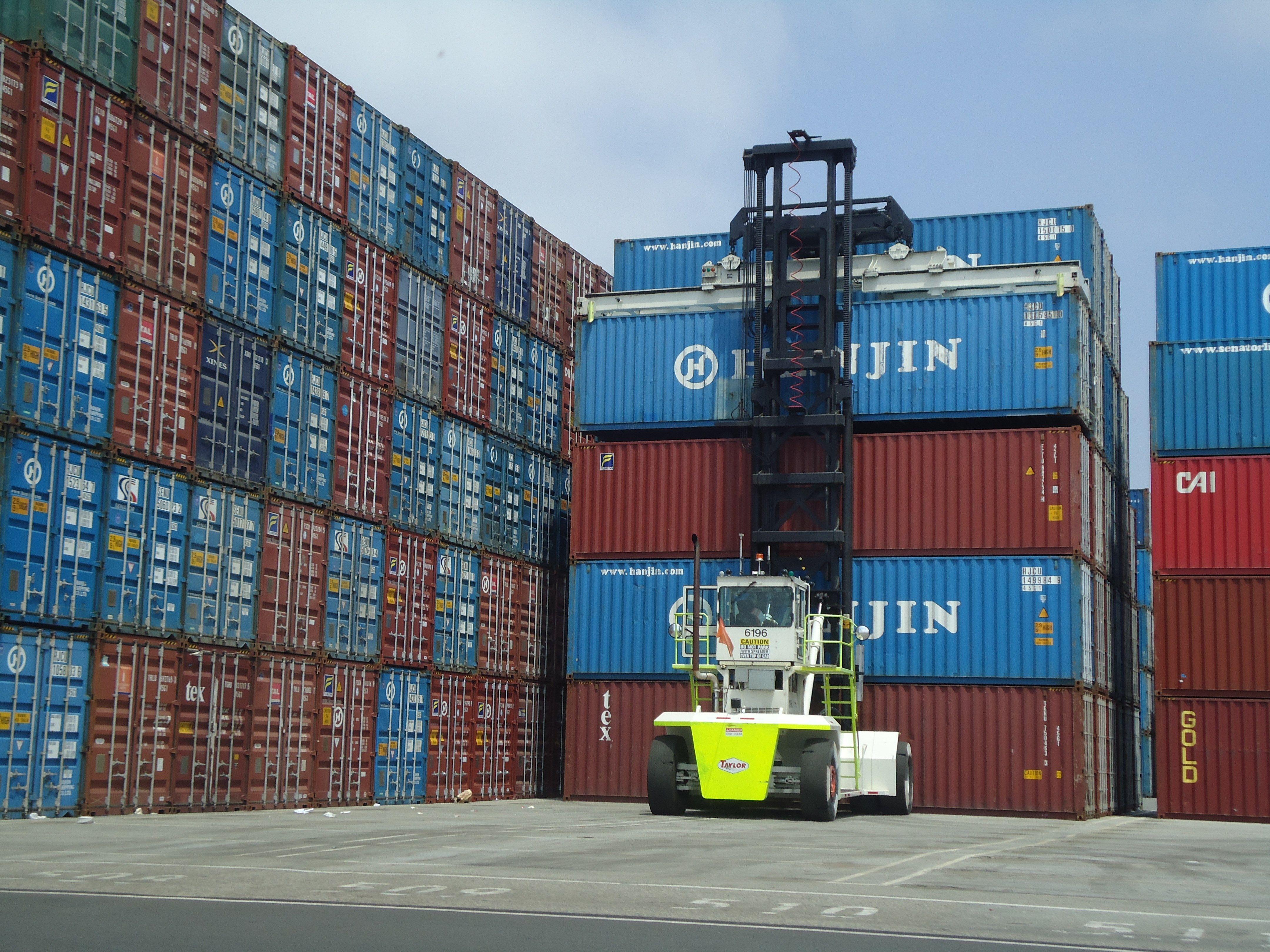 это картинки складов и терминалов вершин портрет достигает