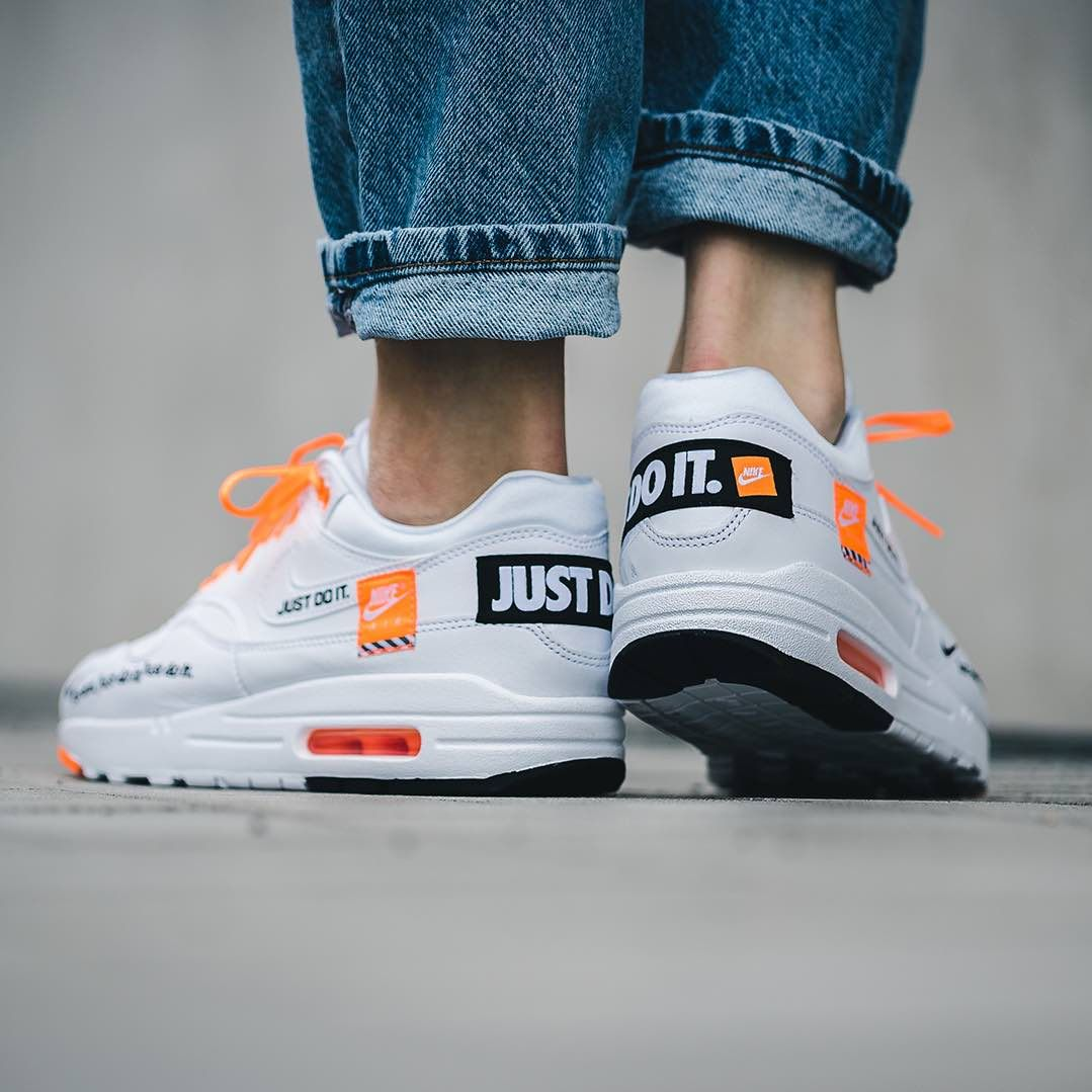 online store 0b5dd d03d4 Release Date   June 28, 2018 Nike Air Max 1 Lux « Just Do It » White    Black   Orange Credit   43einhalb