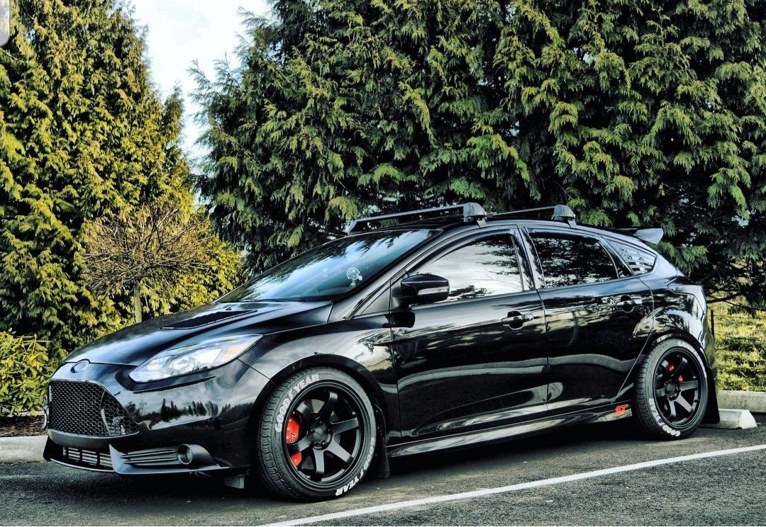 Pin By Gene Barlow On Rides Ford Focus Hatchback Ford Focus St