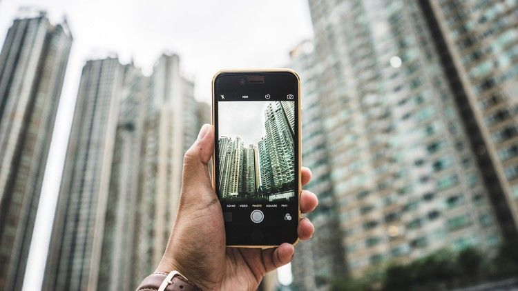 3 Smartphone Photography Tips For Casual Photographers: 30 Essential Travel Apps Every Traveler Should Download In