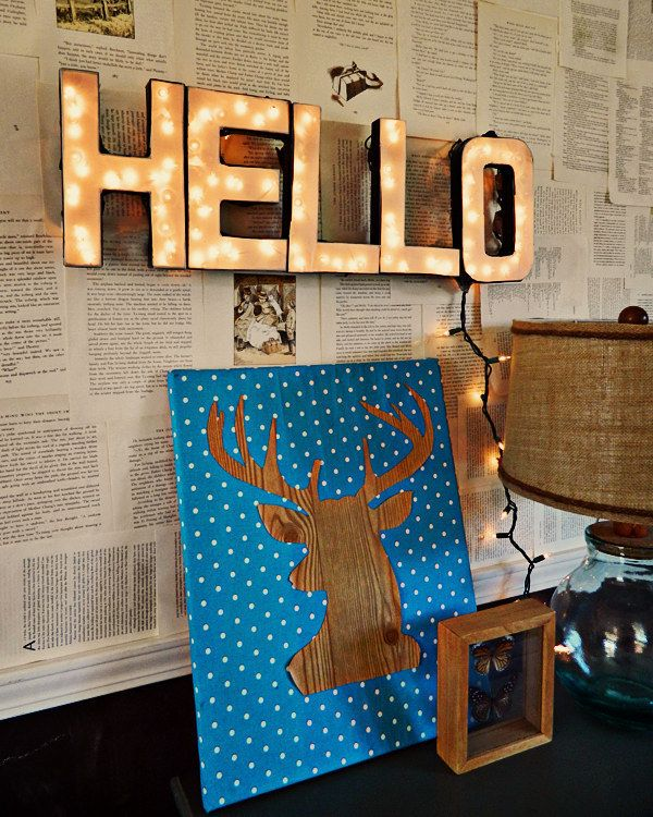 Use Christmas Lights To Make A Custom Marquee Sign.